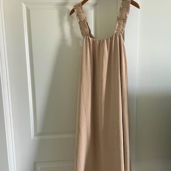 MOODIE Tan Dress, Billowy, Low Back